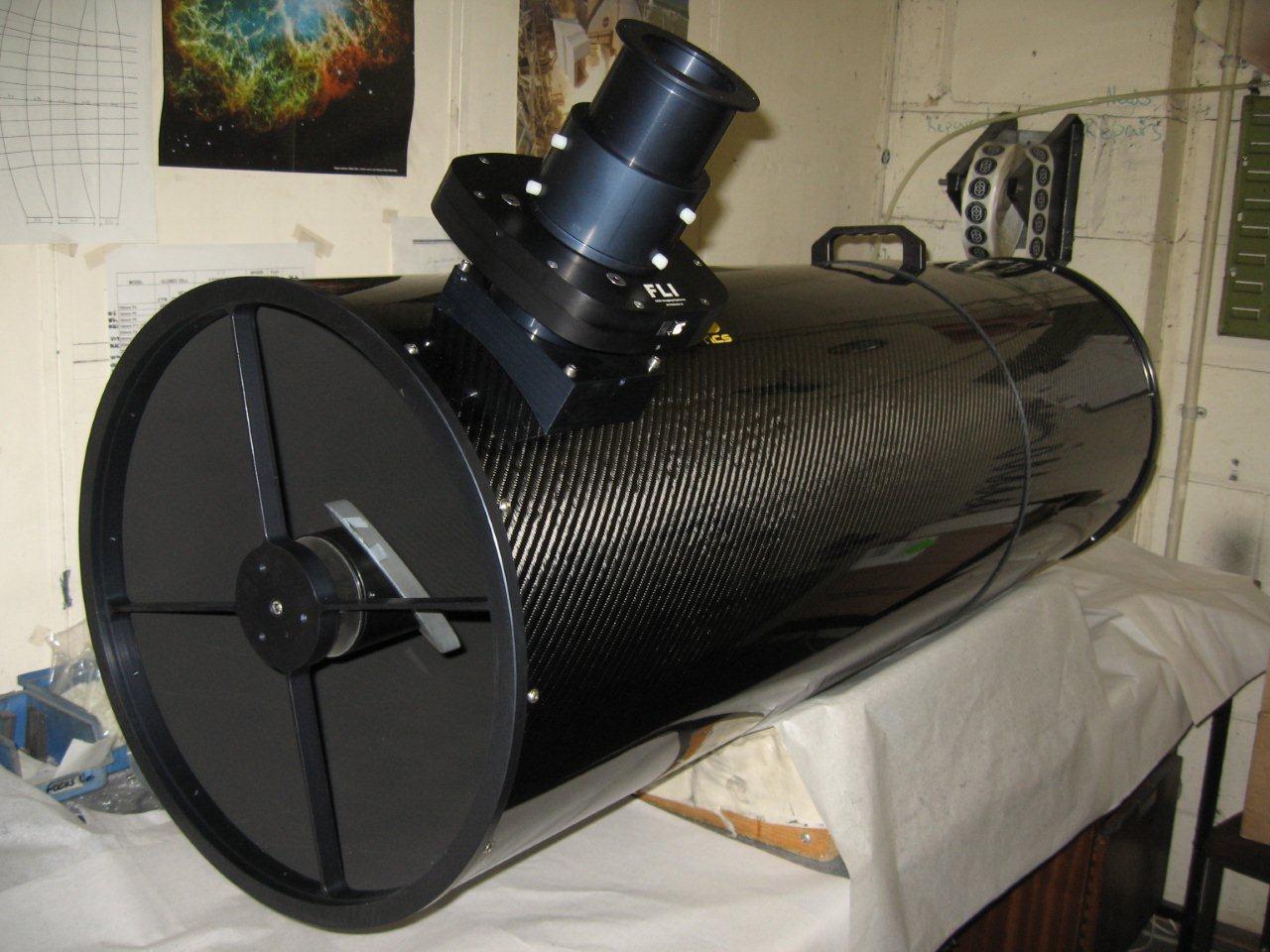 L'AG16 Orion Optics à l'atelier en Angleterre avant envoi